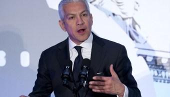 Líder de Cámara de Comercio Hispana de EU renuncia por escándalo sexual