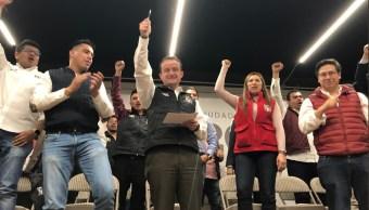 Mikel Arriola ofrece apoyos para jóvenes capitalinos