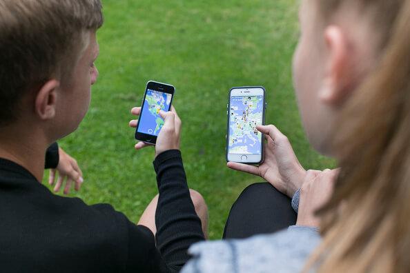 El amor tiempo millennials celular amistad