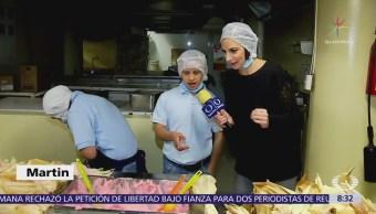 Niños con síndrome de Down hacen tamales