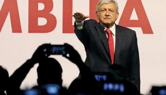 AMLO juramenta como candidato a la presidencia de Morena