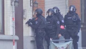 Realizan operativo por hombre armado y atrincherado