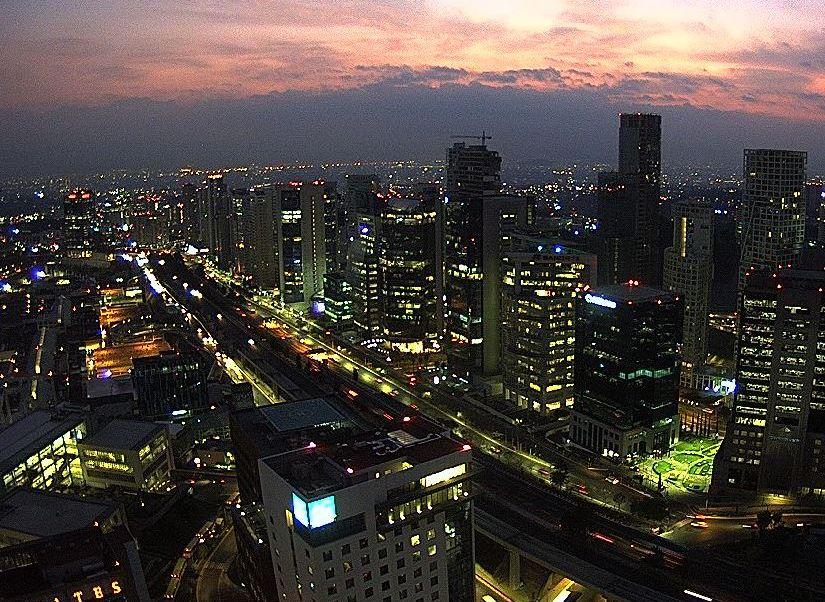 Amanece la Ciudad de México con 10 grados