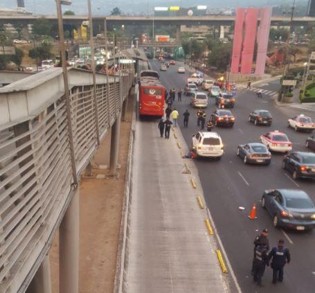 Muere ciclista que fue atropellado por Metrobús