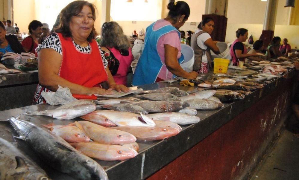 Campechanos disfrutan de gran variedad de pescados y mariscos durante la cuaresma