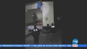 PGR rescata a 41 indocumentados atrapados en un camión en Tabasco