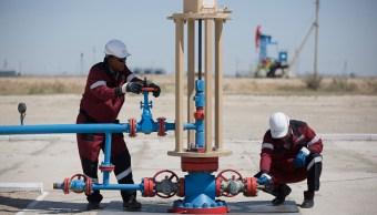 Los precios del crudo suben por tranquilidad en los mercados