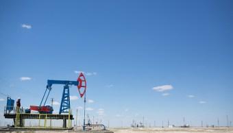 El petróleo se recobra tras el descalabro en Wall Street