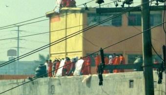 Reportan situación de riesgo en penal de Topo Chico y Apodaca