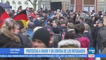 Protestas a favor y en contra de los refugiados en Cottbus Alemania