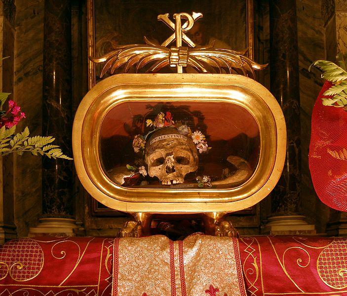 Reliquia-san-valentin-santo-dia-amor-amistad