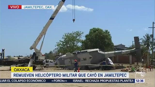 Remueven helicóptero militar que cayó en Jamiltepec, Oaxaca