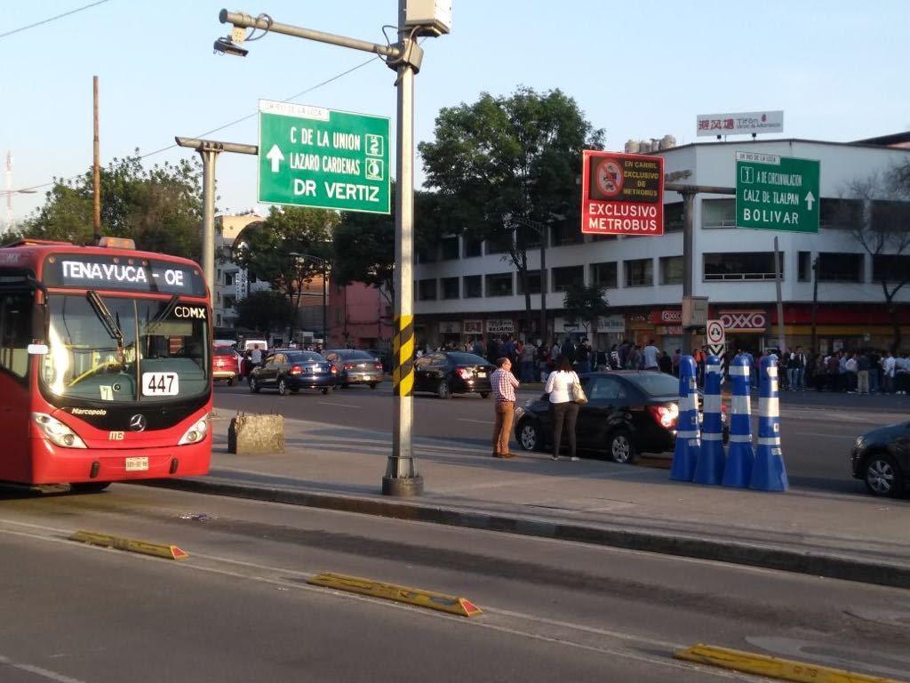 Se desploma helicóptero de Alfonso Navarrete Prida y gobernador de Oaxaca