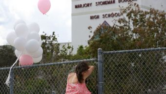 Agente armado escuela Florida renuncia no enfrentar atacante