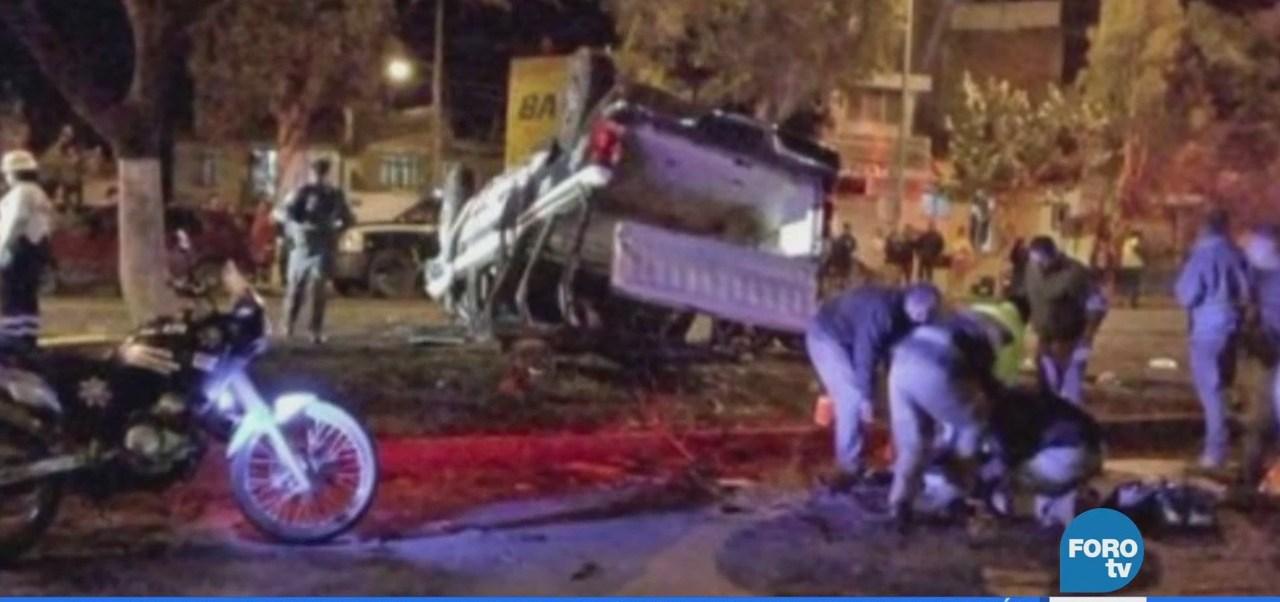 Vuelca camioneta y deja un policía muerto y cinco lesionados en Michoacán