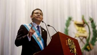 Ordenan revaluar retiro del fuero a Jimmy Morales por muerte niñas Guatemala