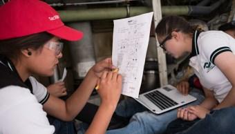 Entre 600 y 700 mil jóvenes mexicanos abandonan sus estudios cada año