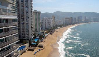 Alertan por mar de fondo en Acapulco