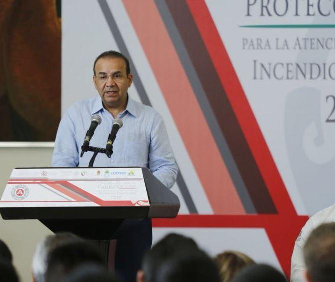 Navarrete Prida: Temas de democracia se resuelven con votos