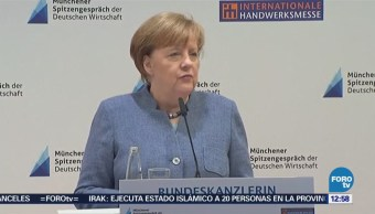 Angela Merkel apela al diálogo para evitar guerra comercial