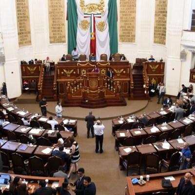 Diputados de Asamblea Legislativa llegan, pasan lista y se van de vacaciones