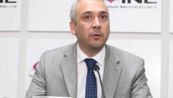 Benito Nacif gana suspensión para que no le bajen el sueldo