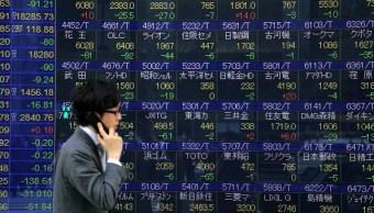 La Bolsa de Tokio espera datos de Estados Unidos