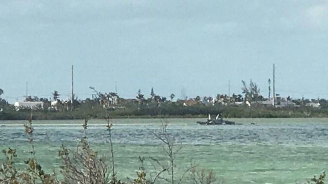 Cae caza de la Armada de EU en Florida; hay dos muertos