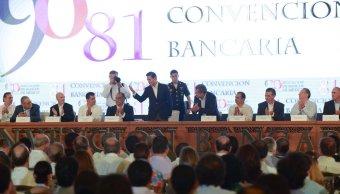 Cumplimos el compromiso de estabilidad y crecimiento económico, dice Peña Nieto