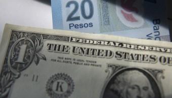 El dólar abre en 18.76 pesos