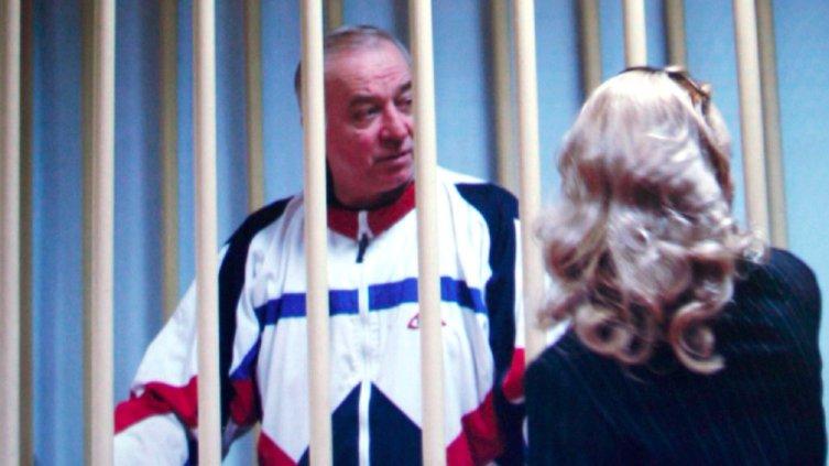 Exespía ruso está grave Reino Unido exposición sustancia
