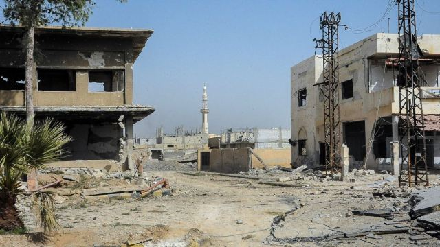 Sin ayuda humanitaria, residentes de Guta Oriental siguen atrapados en Siria. (EFE)