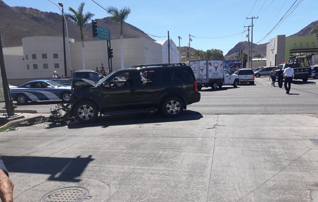 Sicarios ejecutan de carro a carro a comandante de Guaymas
