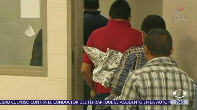 HRW acusa a agentes fronterizos estadounidenses de detener a familias en celdas frías