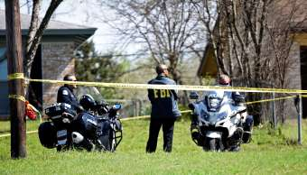 Investigan como crímenes raciales explosiones Texas