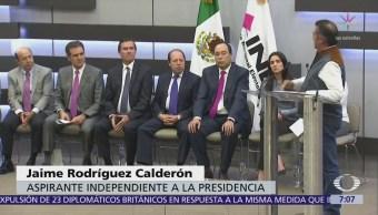 Jaime Rodríguez 'El Bronco' acude al INE a solicitar registro como candidato independiente