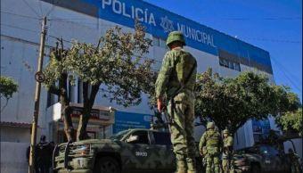 Policías de Tlaquepaque recibían dinero del crimen organizado, confirma Fiscalía de Jalisco