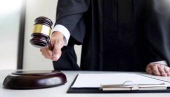 Suspenden a tres servidores por venta de exámenes para ser juez