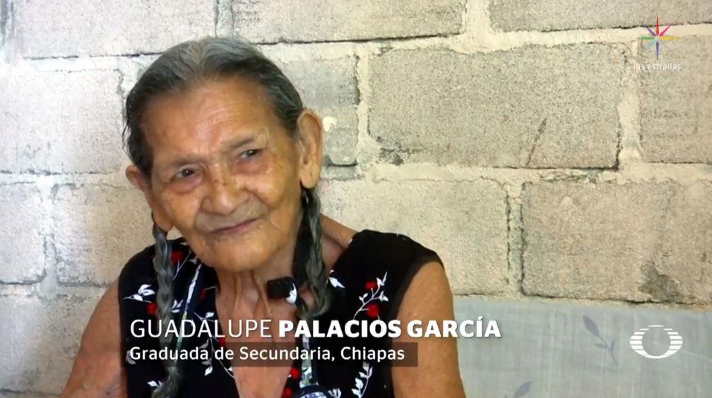 lupita palacios se gradua secundaria 95 anos edad