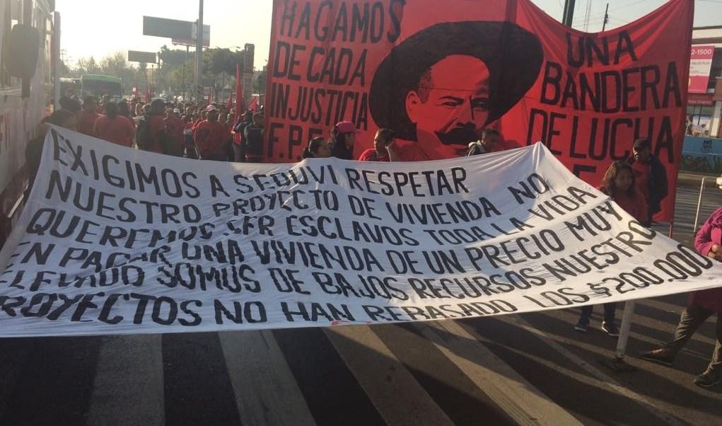 manifestantes bloquean la avenida ermita iztapalapa cdmx