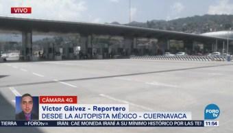 Manifestantes toman control de la caseta de cobro de la autopista México Cuernavaca