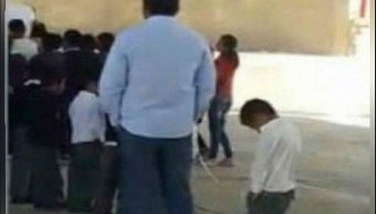Separan del cargo a maestro que amarró a un menor en Puebla