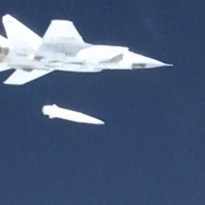 Rusia prueba el misil hipersónico 'Kinzha' con el punto de mira en EU