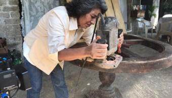 Mujeres en Colima desempeñan oficios que eran considerados exclusivos de hombres