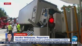 Camión choca contra cuatro autos en la autopista Chamapa-Lechería