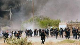 POLICÍA DISUELVE PROTESTA A BALAZOS