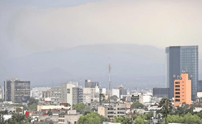 Predominará en Valle de México cielo nublado con bruma
