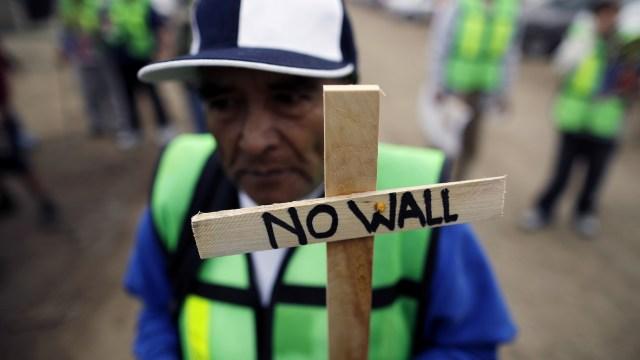 Trump desata protestas en Tijuana y California durante supervisión prototipos para muro