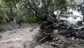 Autoridades advierten sobre fuerte tormenta en California