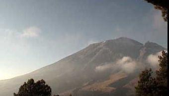 Registra actividad moderada el volcán Popocatépetl